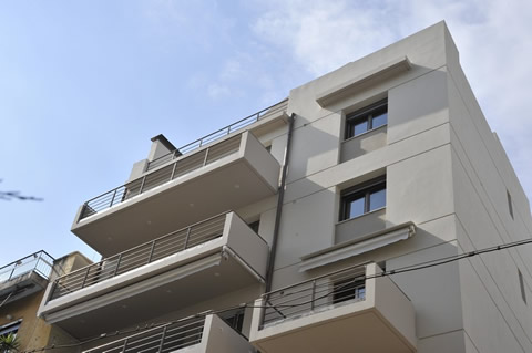 APARTMENT BUILDING IN ATHENS